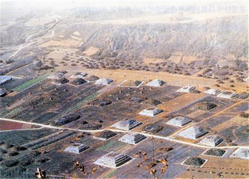 중국정부, 이집트 피라미드보다 더크고 더 많은 피라미드 미공개 이유는