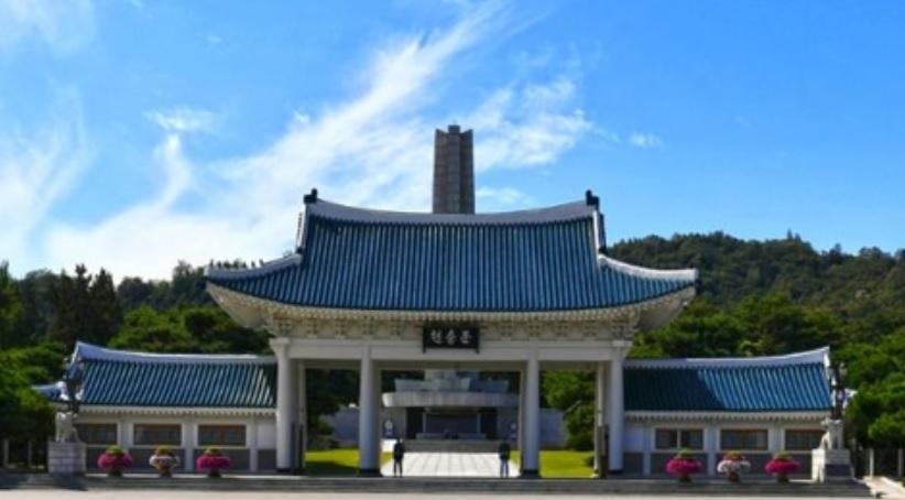 서울현충원, 다음달부터 셀프참배 도입